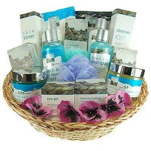 Total Dead Sea Vacation Gift Basket