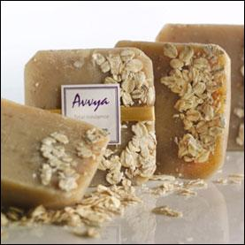 Oats and Honey Moisturizing Soap